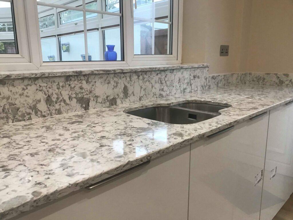 white22 contrast sink run